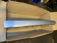 2002 BMW E46 COMPACT 325I SIDE SKIRT RIGHT SIDE OS SILVER TITANIUM